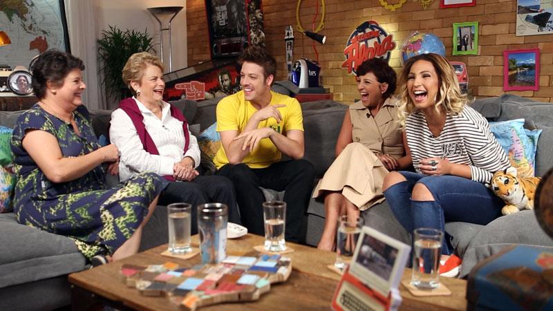 Fábio e Rosana recebem os convidados do episódio Família.
